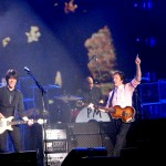 Foto's:  Paul McCartney in Gelredome Arnhem (09-12-2009)