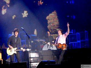 Foto's Paul McCartney in Gelredome Arnhem (09-12-2009)